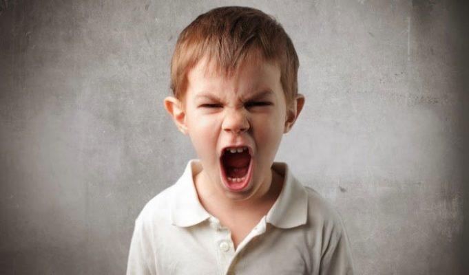 Mơ thấy trẻ con đang la hét